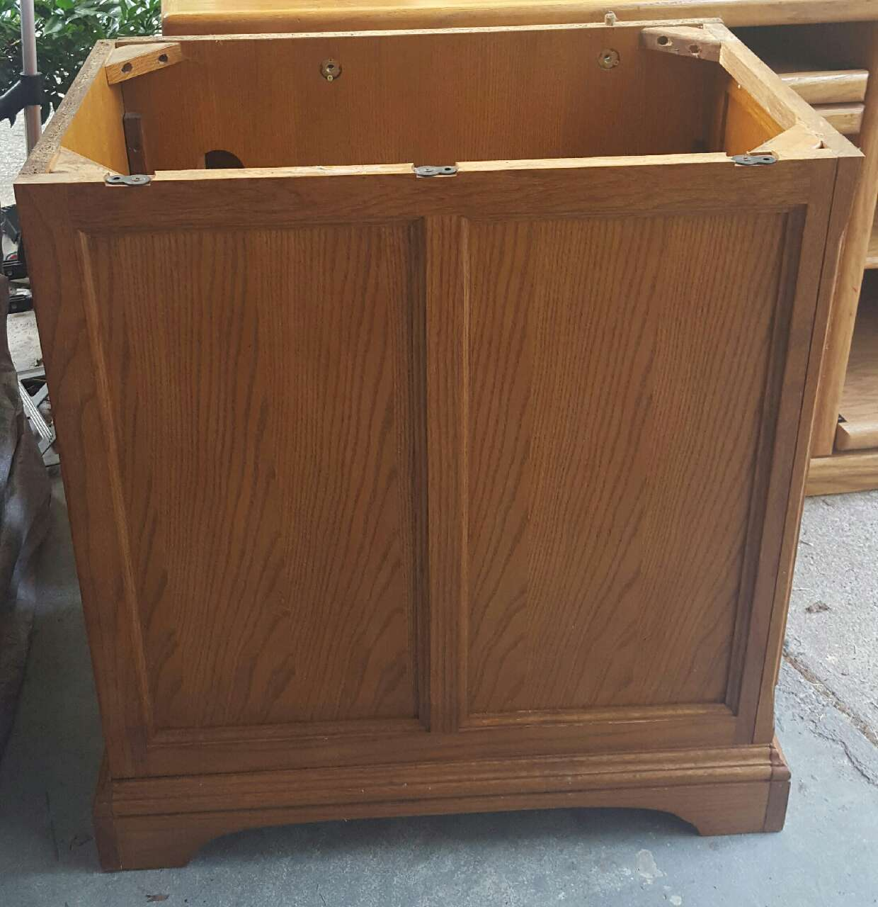 Letgo solid wood fish tank stand in barrett parkway ga for Wood fish tank stand