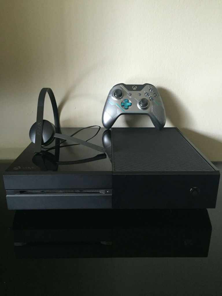 letgo - Xbox One For Sale!! in Eola, IL