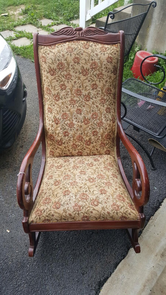 Red Rocking Chair Billy Strings ~ Used stuff for sale in martinsburg wv letgo