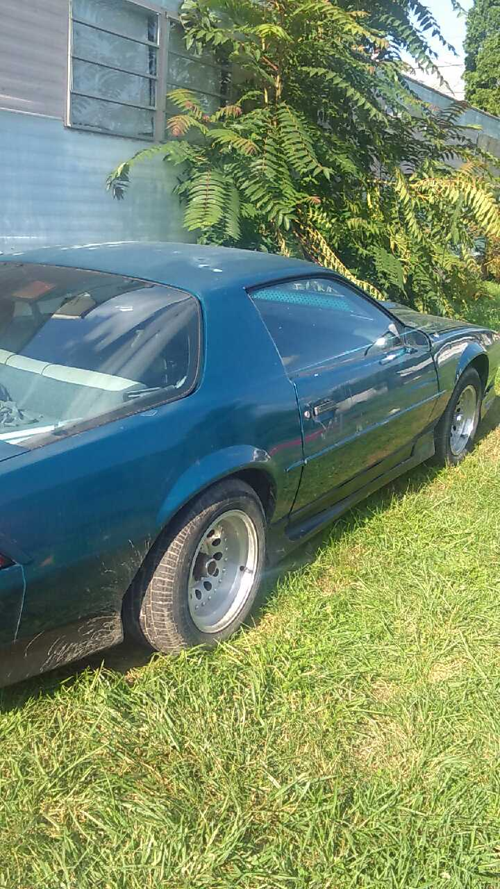 letgo 92 rs camaro 25th anniversa in pretty prairie ks. Black Bedroom Furniture Sets. Home Design Ideas