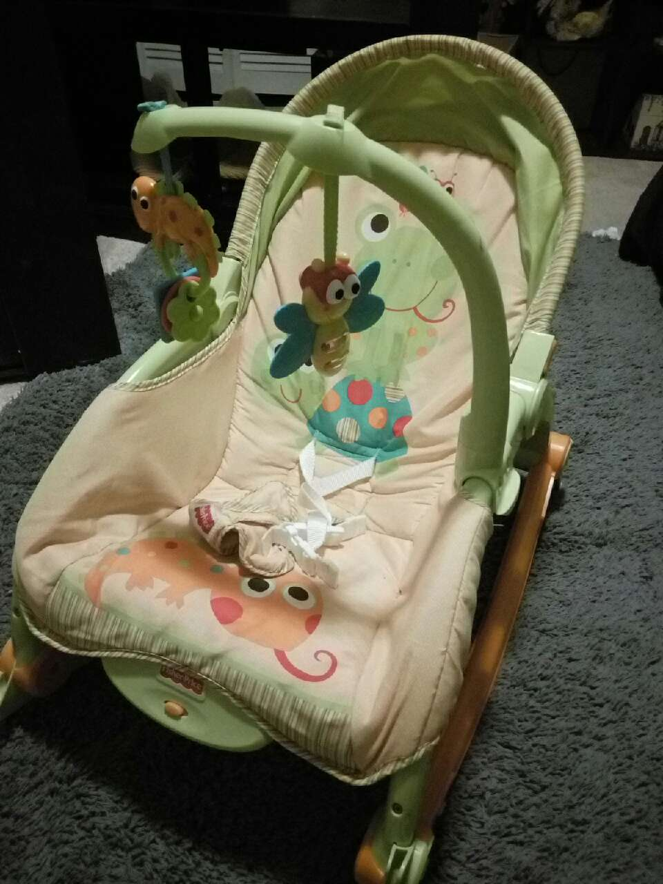 ... Ohio West Lebanon Baby and Child Fisher Price Vibrating Rocking Chair