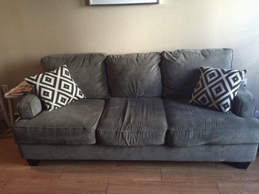 Letgo new nebraska furniture mart couch in dallas tx Home mart furniture addison tx