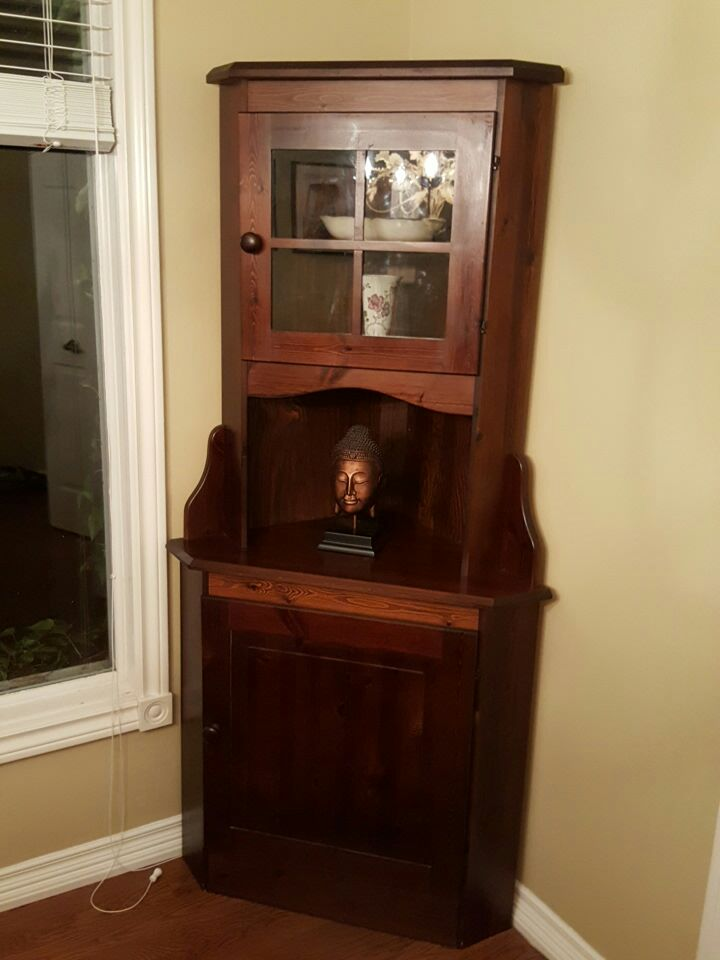 Wood Dining Room Corner Cabinet In Toronto