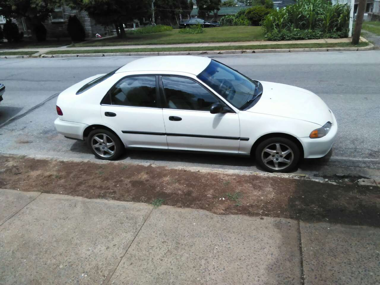 Letgo 93 honda civic four door in west reading pa for 03 honda civic 4 door
