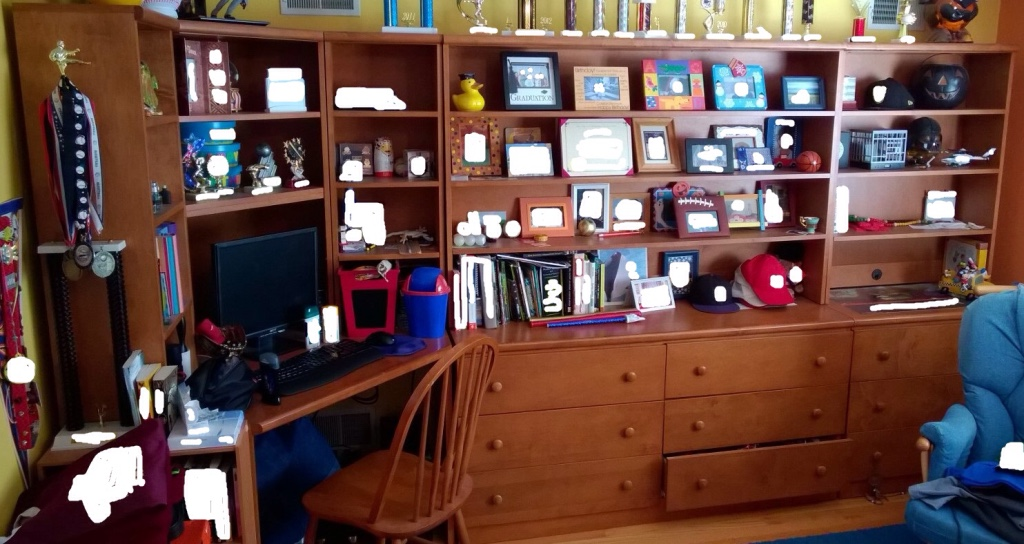 Letgo Bedroom Furniture With Desk In Staten Island Ny