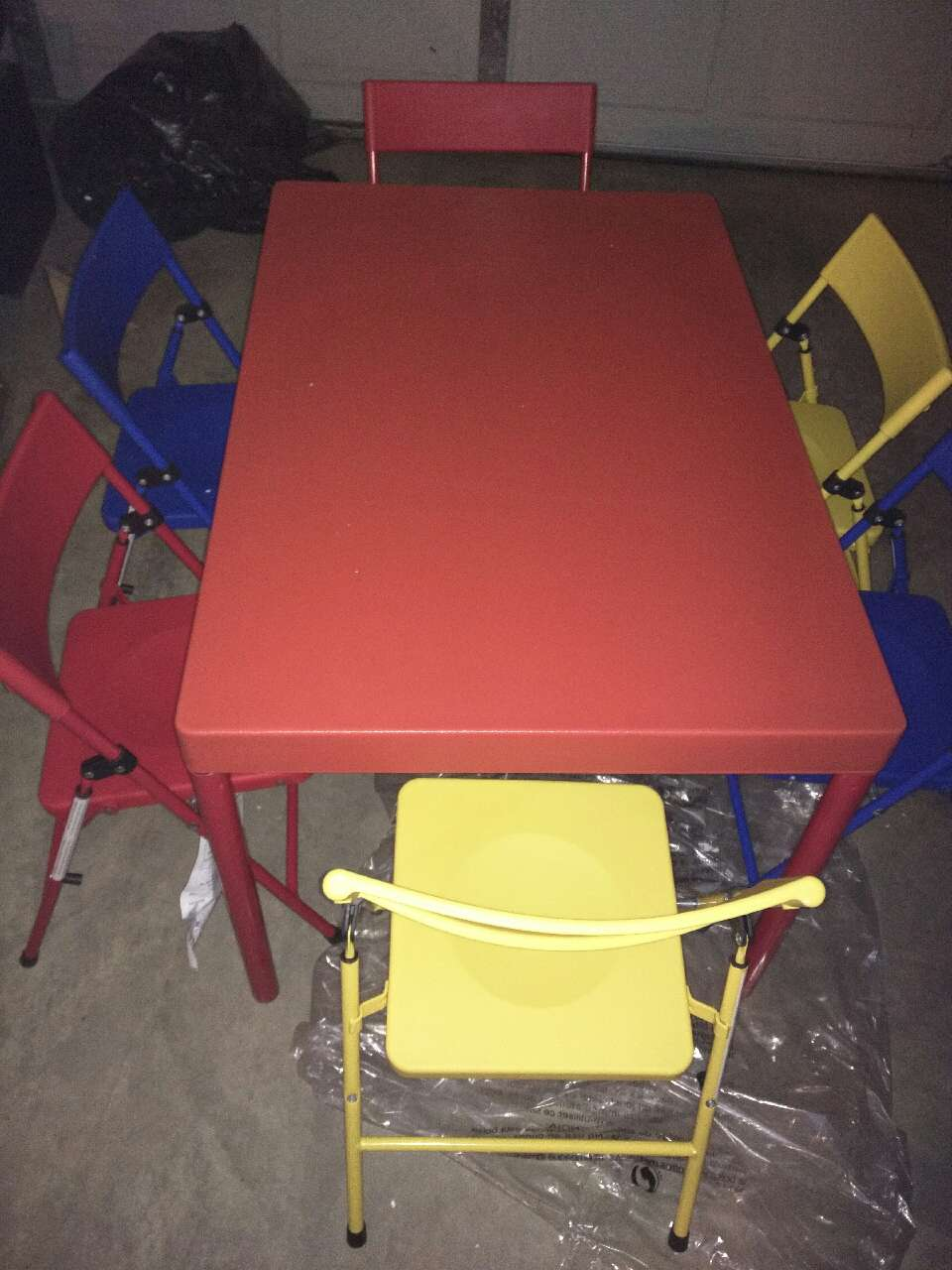 Letgo new cosco table with 6 chairs in valleyview oh for Table 6 ohio