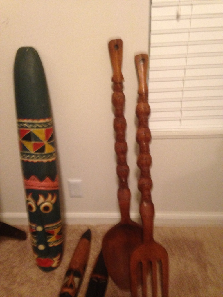 Letgo 3 Foot Brown Wooden Spoon Decor In Murfreesboro Tn