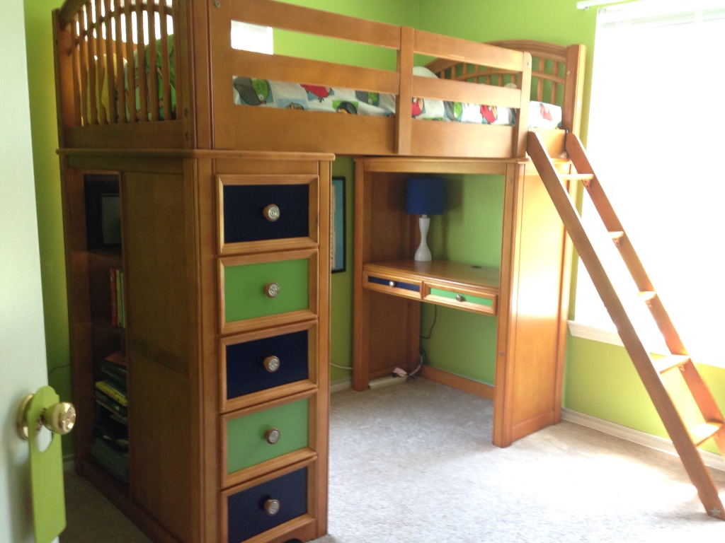 ... Station Baby and Child Pulaski Bearrific Loft Bunk Bed W/ Mattress