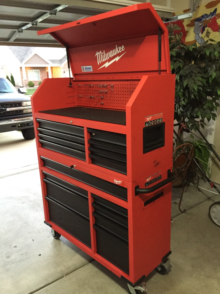 Letgo 46 Quot Milwaukee Tool Chest And In Mc Cordsville In
