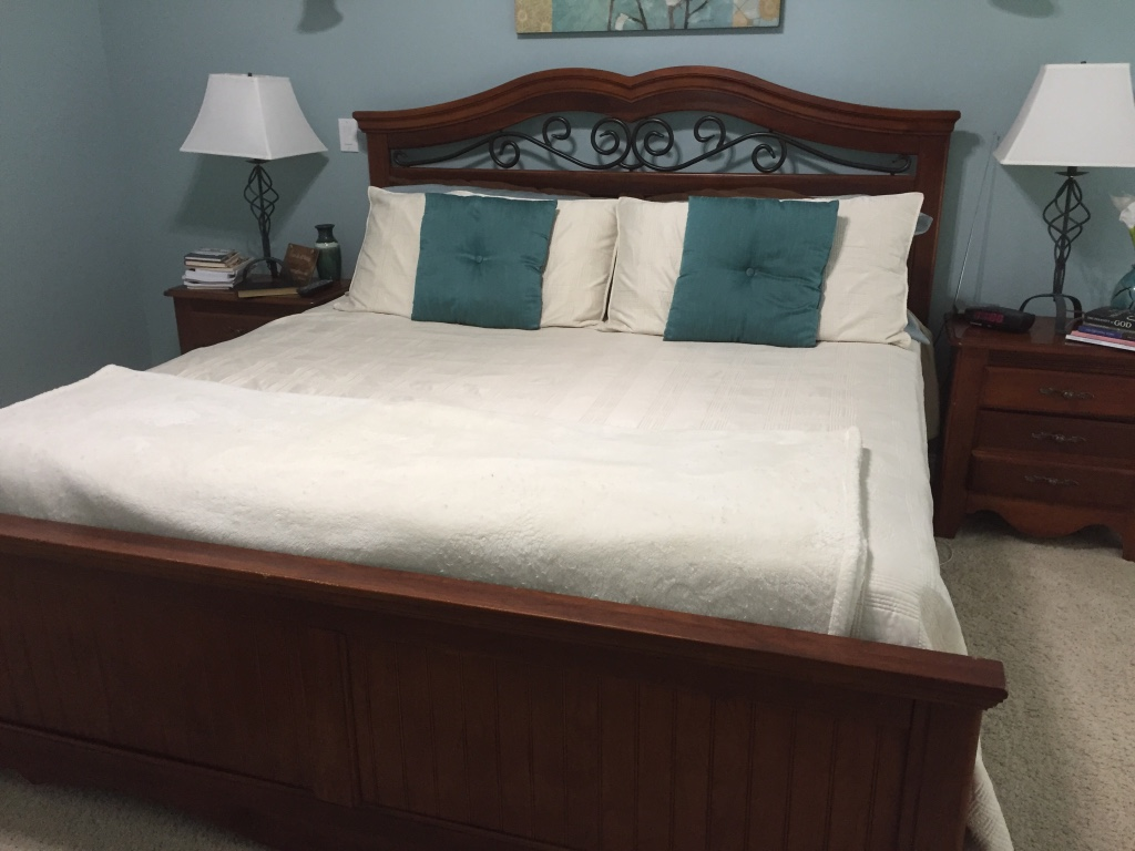 letgo king size bedroom suite in louisville ky