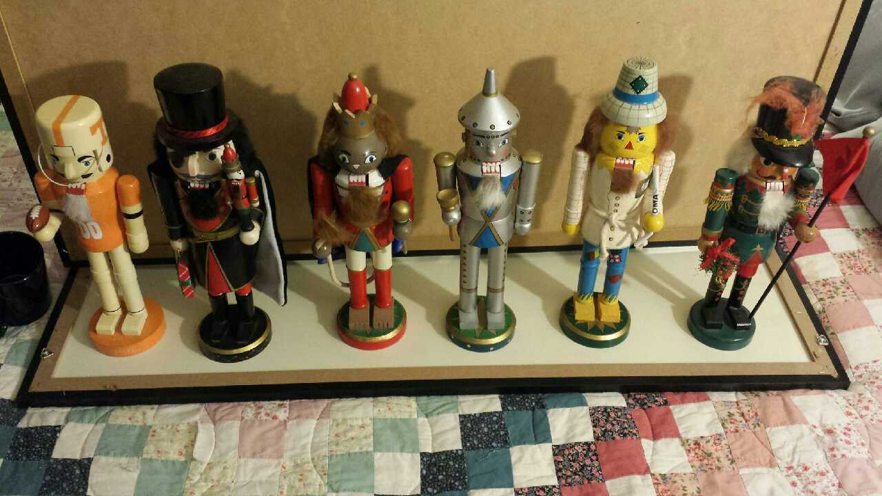 Martin (TN) United States  City new picture : Description assortment of nutcrackers. good condition. $5 each