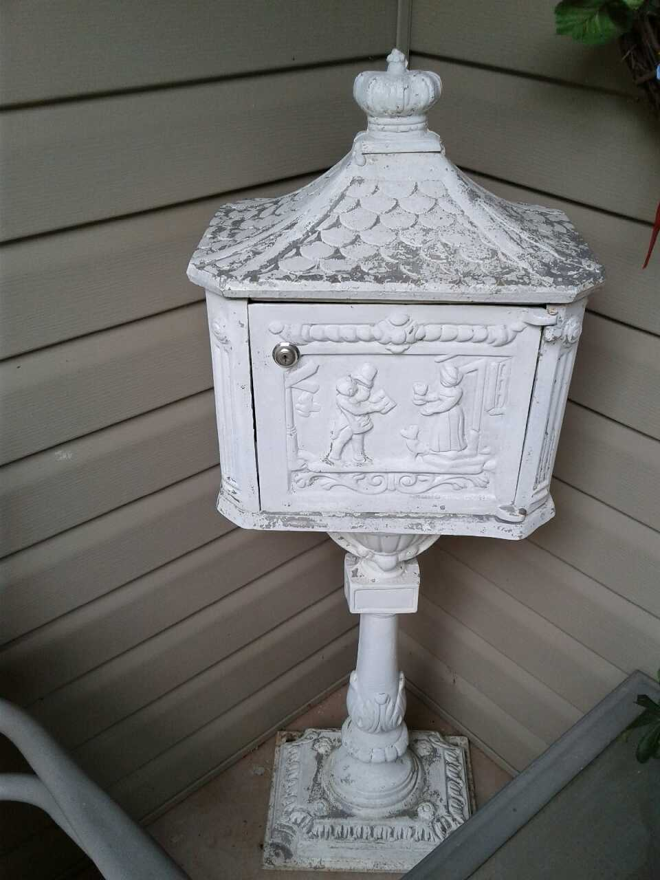 Used crib for sale dallas - Old Mailbox With Key