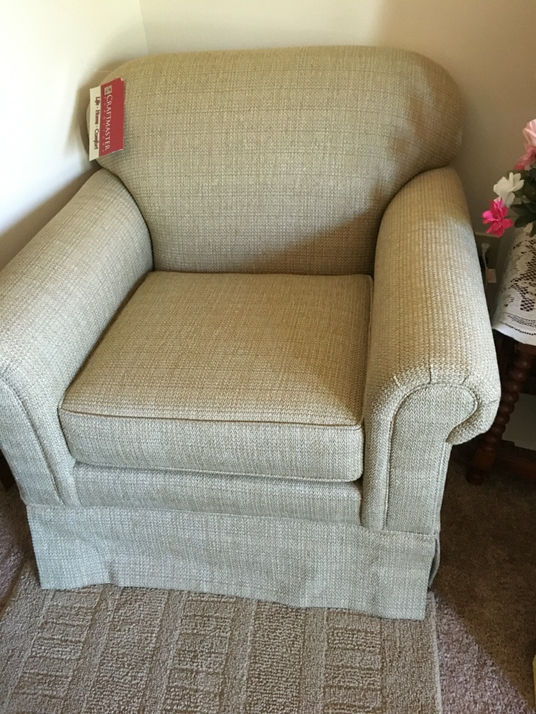 Letgo New Arm Chair Original Price 8 In Valparaiso In