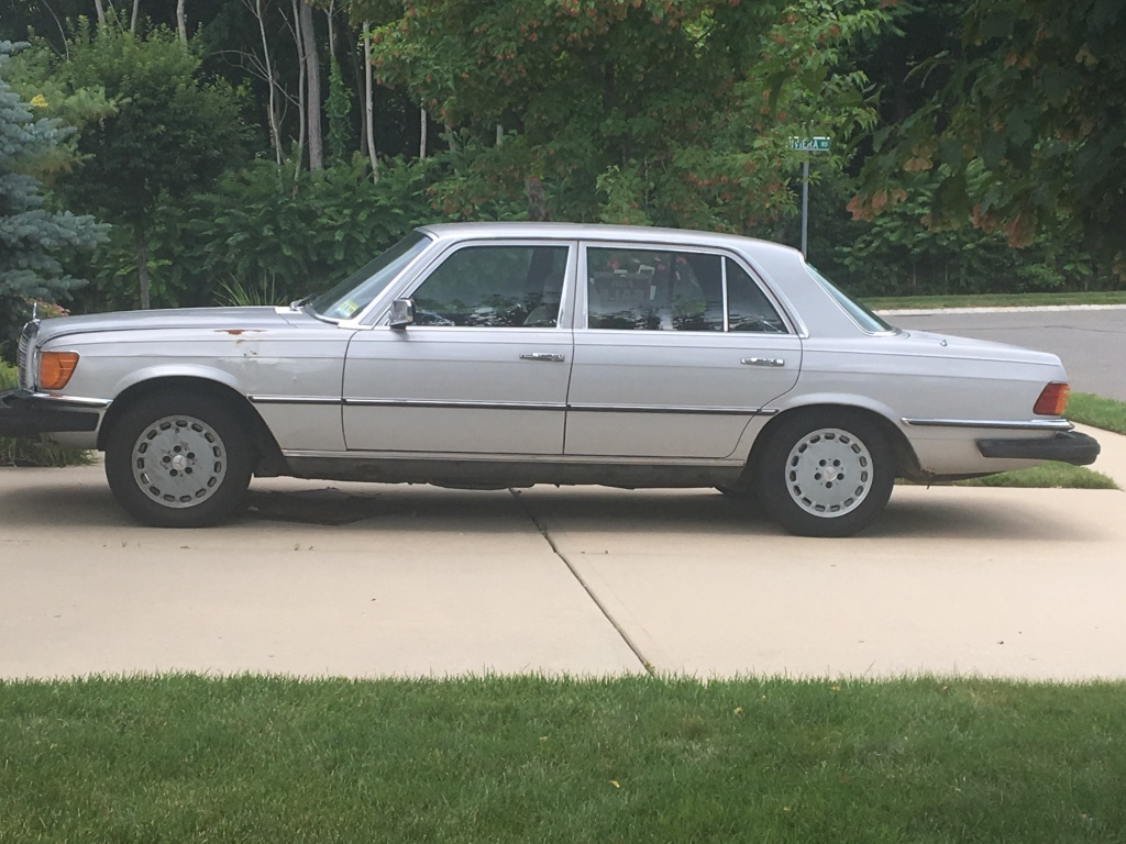 Letgo silver mercedes benz w124 in adelphia nj for Mercedes benz little silver nj