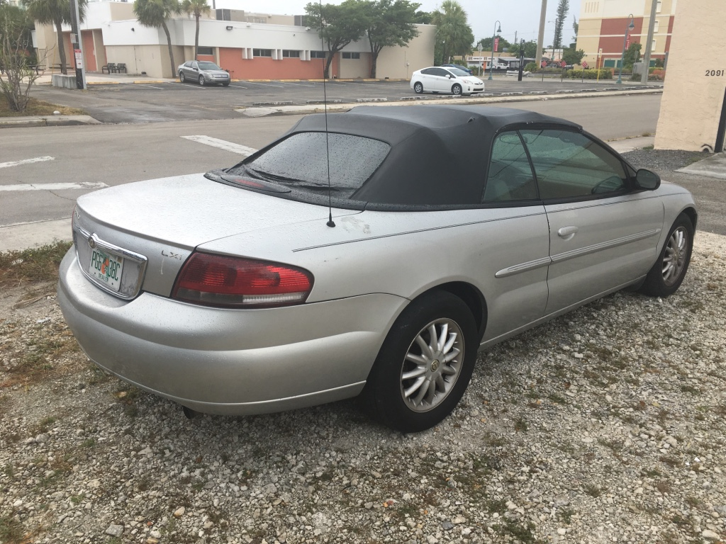 Sebring (FL) United States  city photos gallery : Description 2003 Chrysler sebring Convertible Clean title 101k ...