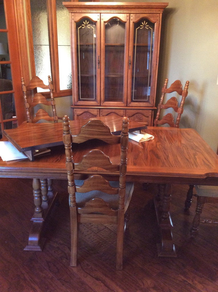 Letgo Dining Room Table And China Cabi In Union Cty TN