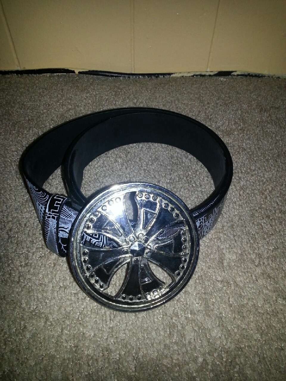letgo black and gray leather belt in vancouver wa