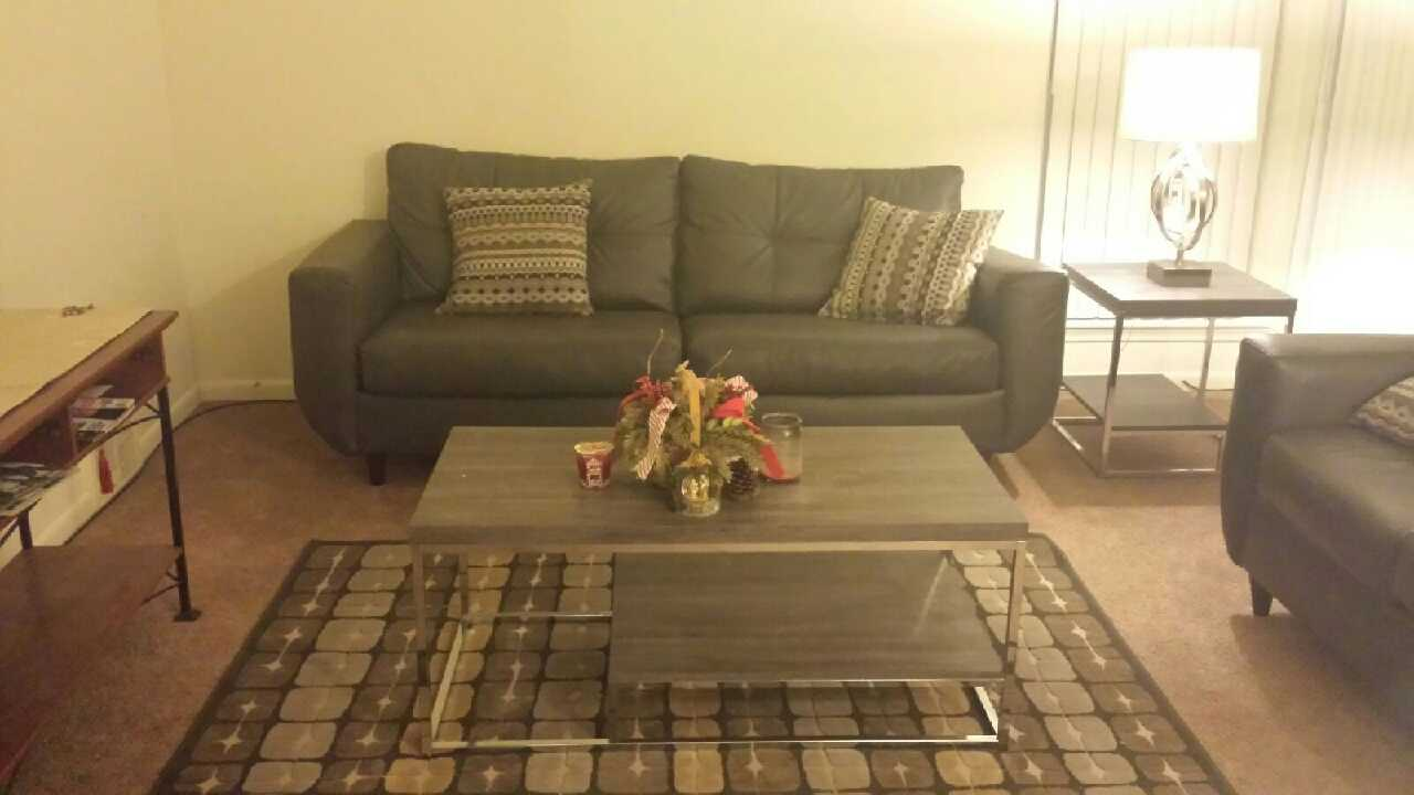 Letgo 7 piece living room set in lambertville mi for 8 piece living room set