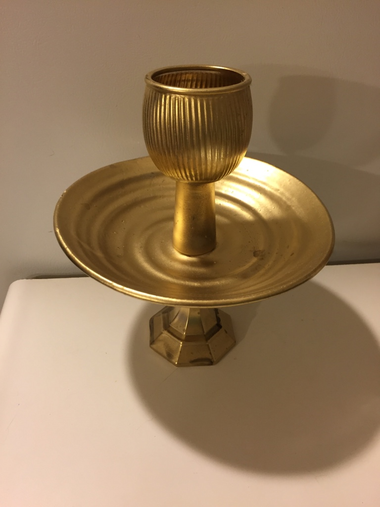Painted Post (NY) United States  City pictures : Description Gold metallic painted serving piece. Stands approximately ...