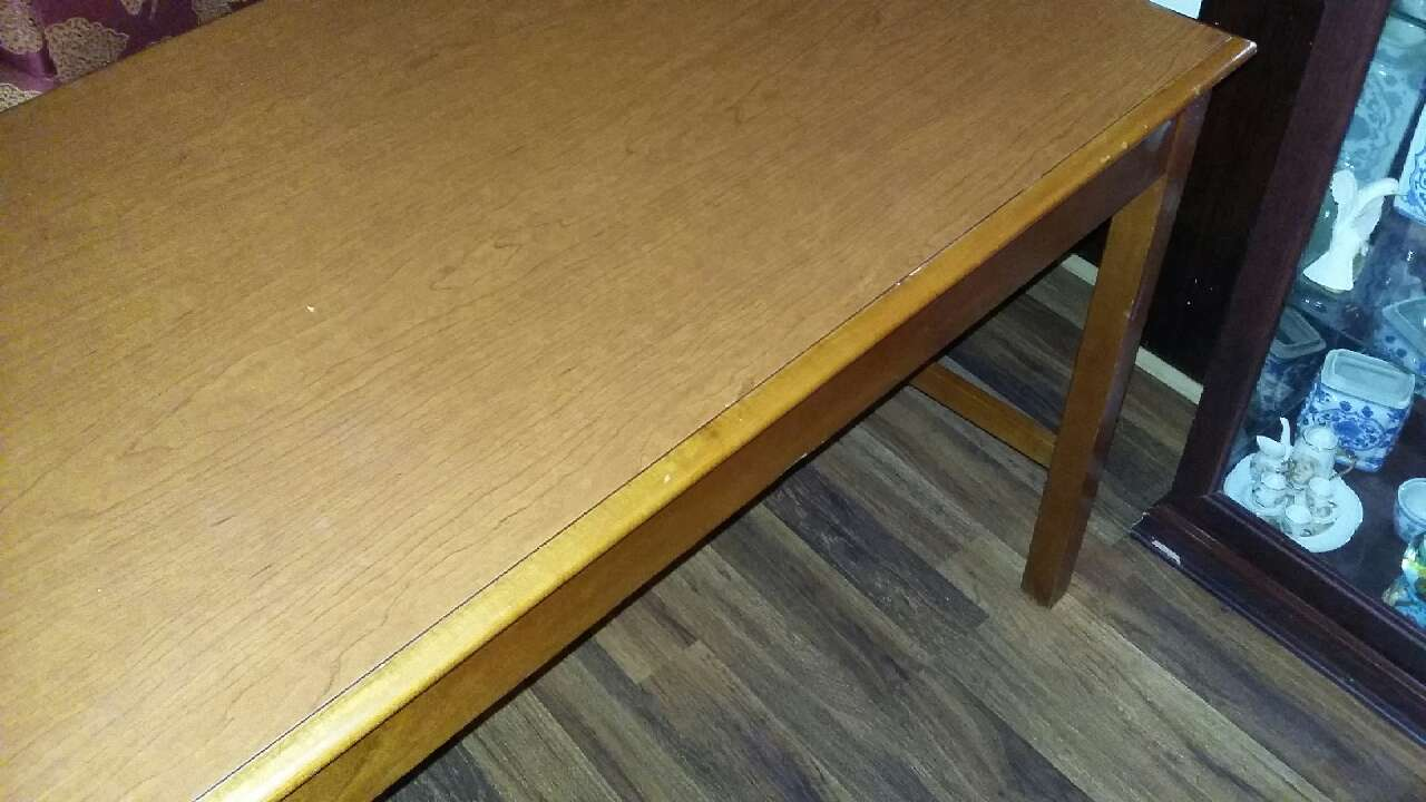 Letgo kitchen table in cleveland oh for Table 6 kitchen canton ohio
