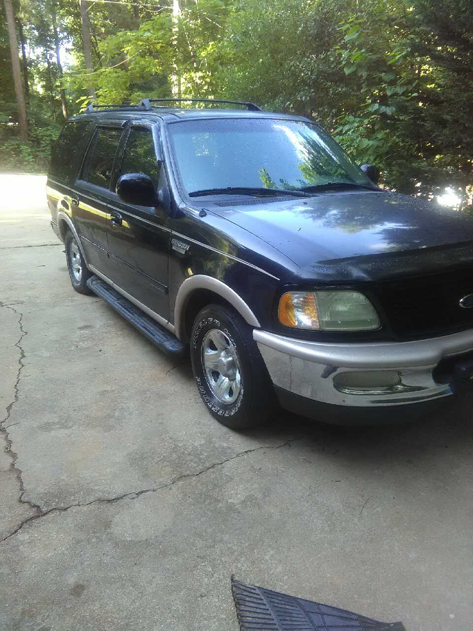 letgo 97 ford expedition for sale in conyers ga. Black Bedroom Furniture Sets. Home Design Ideas