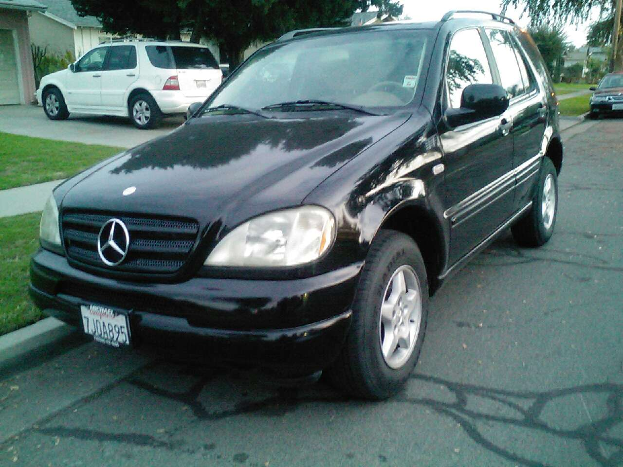Used cars and vehicles in the united states letgo page 109 for Mercedes benz fresno used cars
