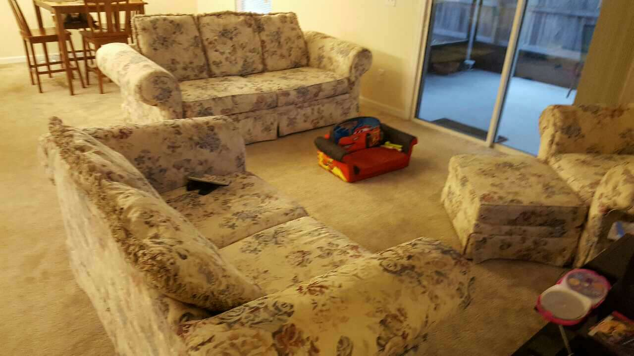 Letgo 4 piece living room set in atlantic beach fl for 4 piece living room set