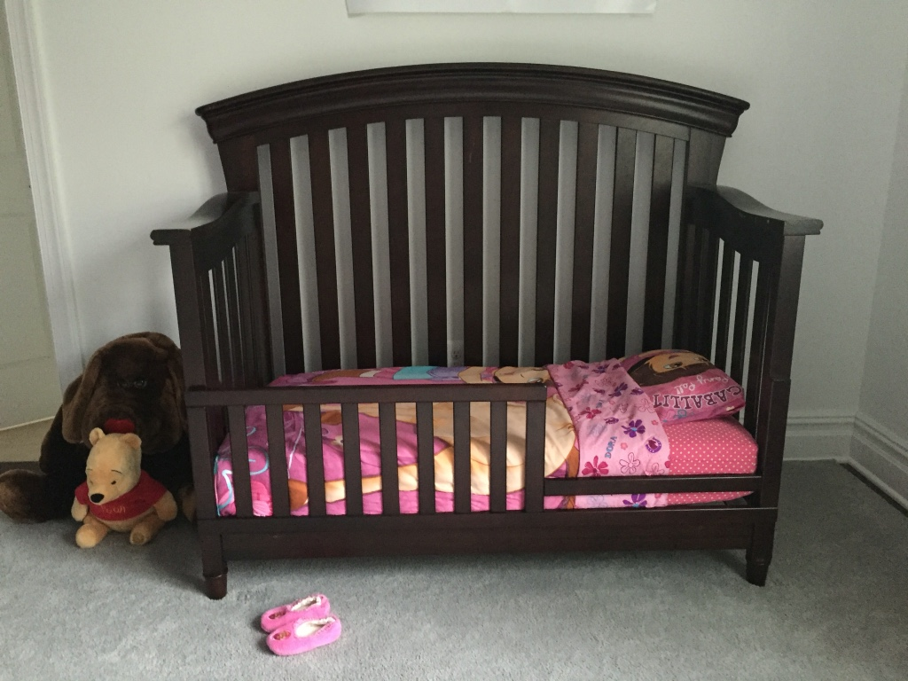 Used crib for sale in nj - Convertible Crib With Naturepedic Mattress