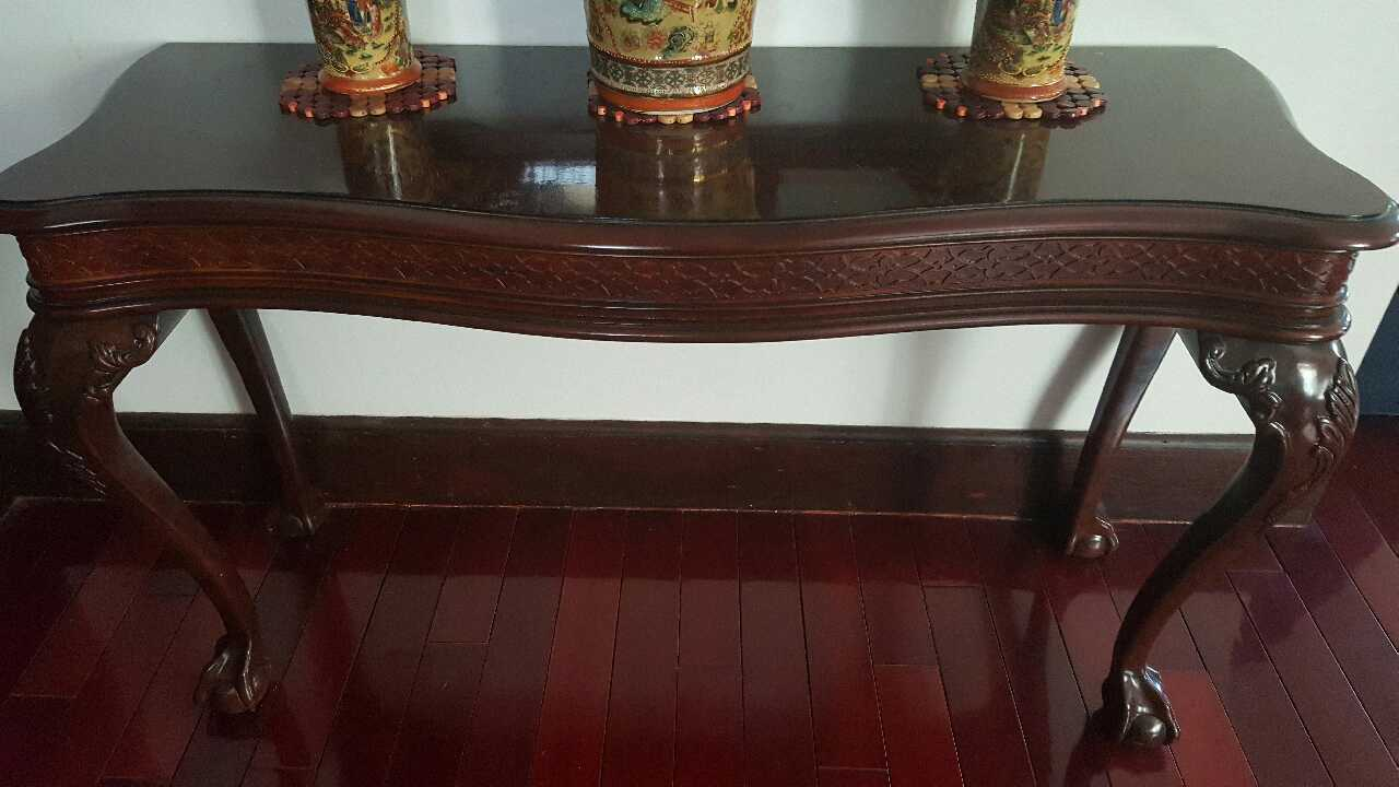letgo Mahogany Wood Mirror and Table in Verona NJ : b7ce046debb93c847967d9c1fe2f79bb from us.letgo.com size 1280 x 720 jpeg 64kB