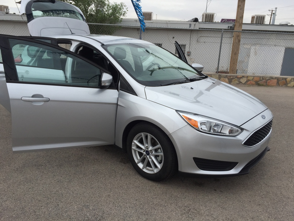letgo 2016 ford focus hatchback se in wbamc tx. Black Bedroom Furniture Sets. Home Design Ideas