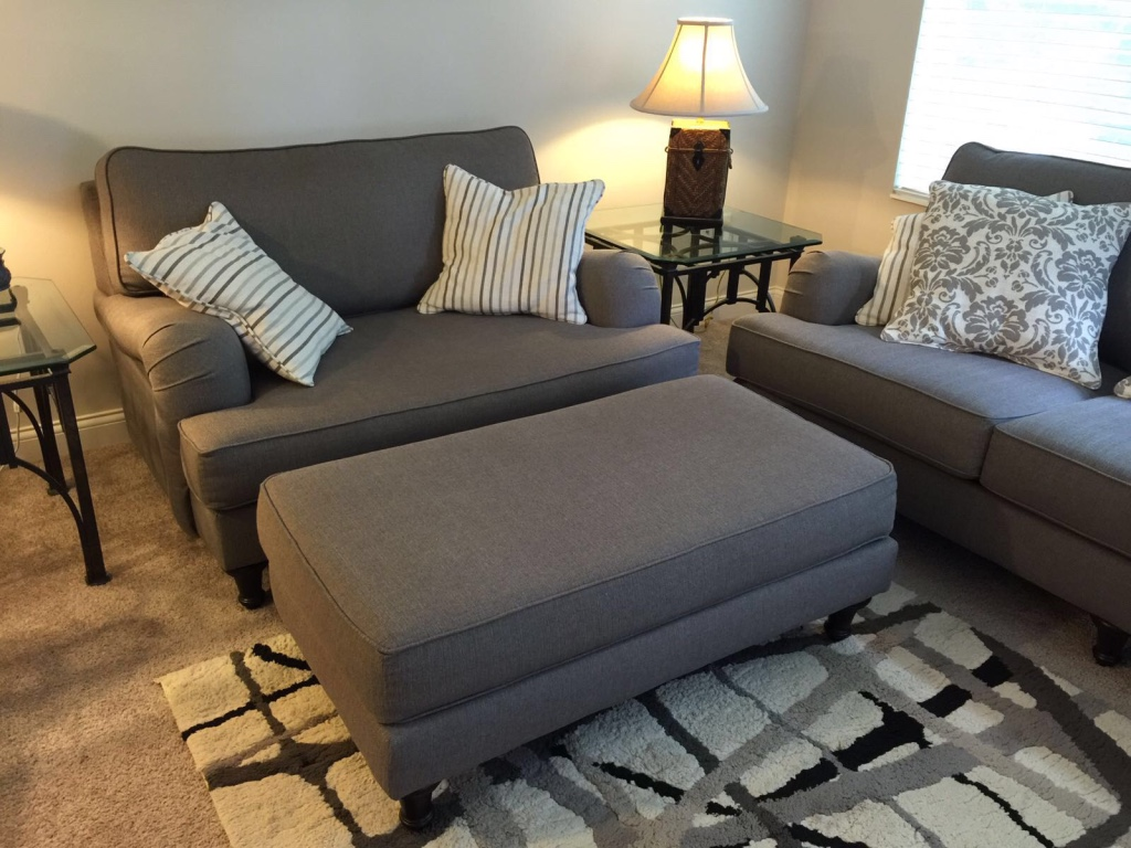 letgo complete living room set co in west chester oh. Black Bedroom Furniture Sets. Home Design Ideas