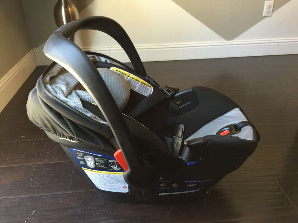 letgo britax b safe 35 elite infant in green valley nv. Black Bedroom Furniture Sets. Home Design Ideas