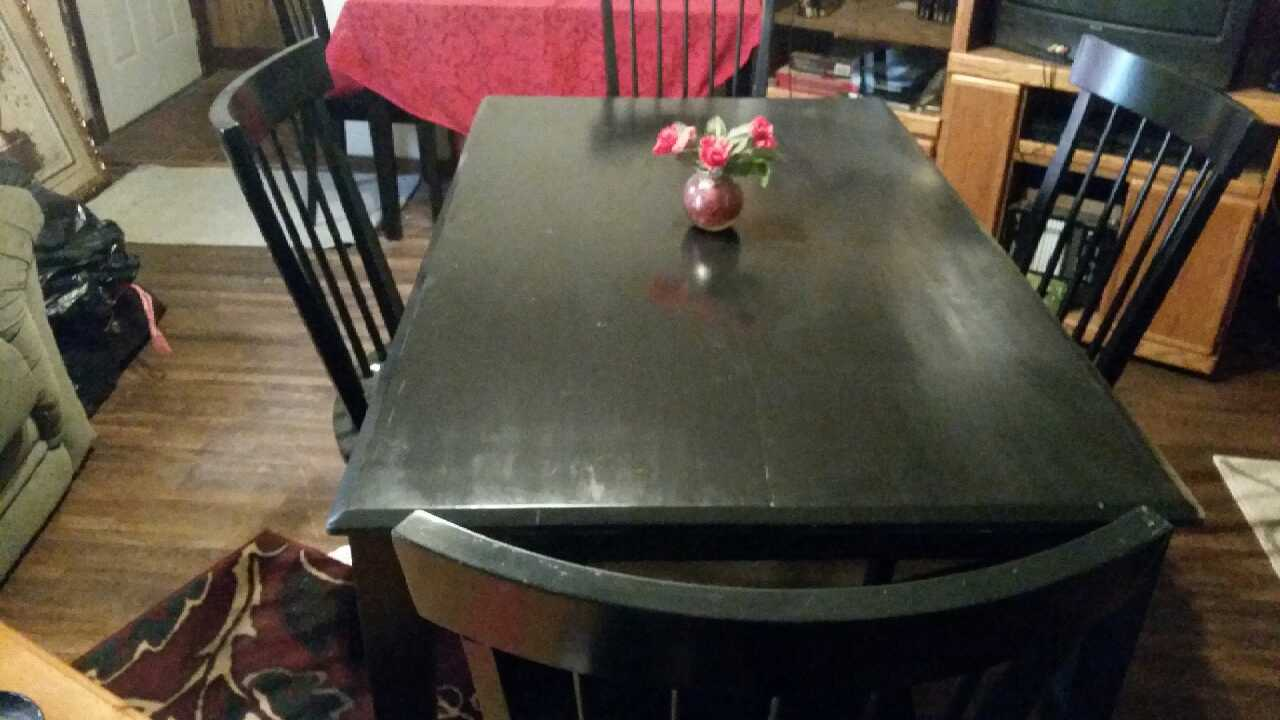 Letgo dining table and chairs in wichita ks