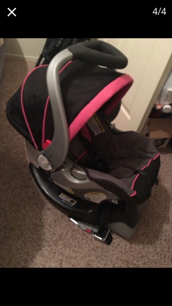 letgo black and pink baby trend car seat a in biola ca. Black Bedroom Furniture Sets. Home Design Ideas