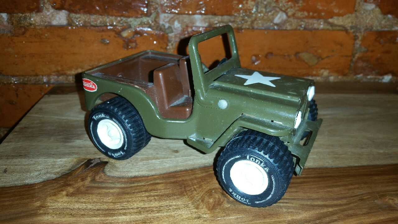 Toys For Trucks Greenville : Letgo metal tonka truck quot army je in greenville de