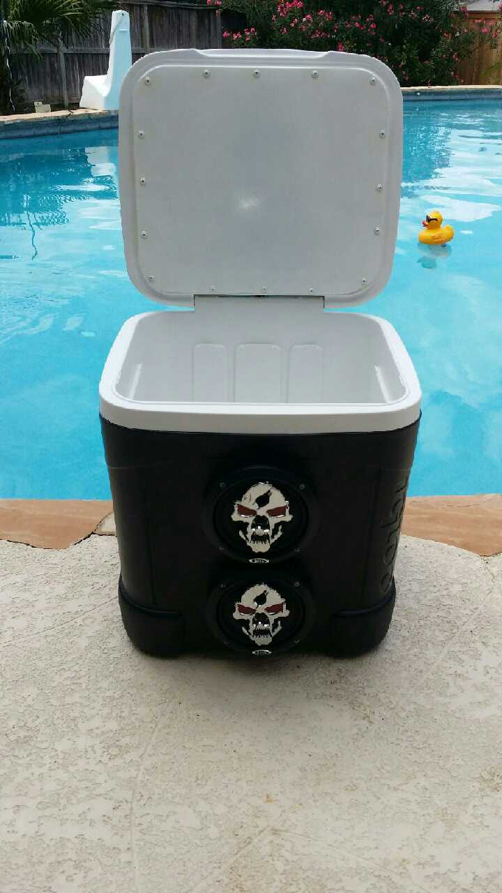 Ice chest radio bluetooth