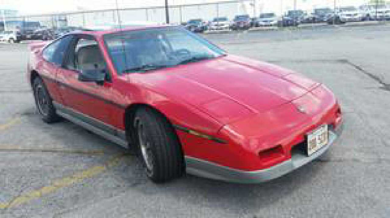 Pontiac (IL) United States  city pictures gallery : Home Illinois Lemont Cars and Motors 1986 Pontiac Fiero Gt