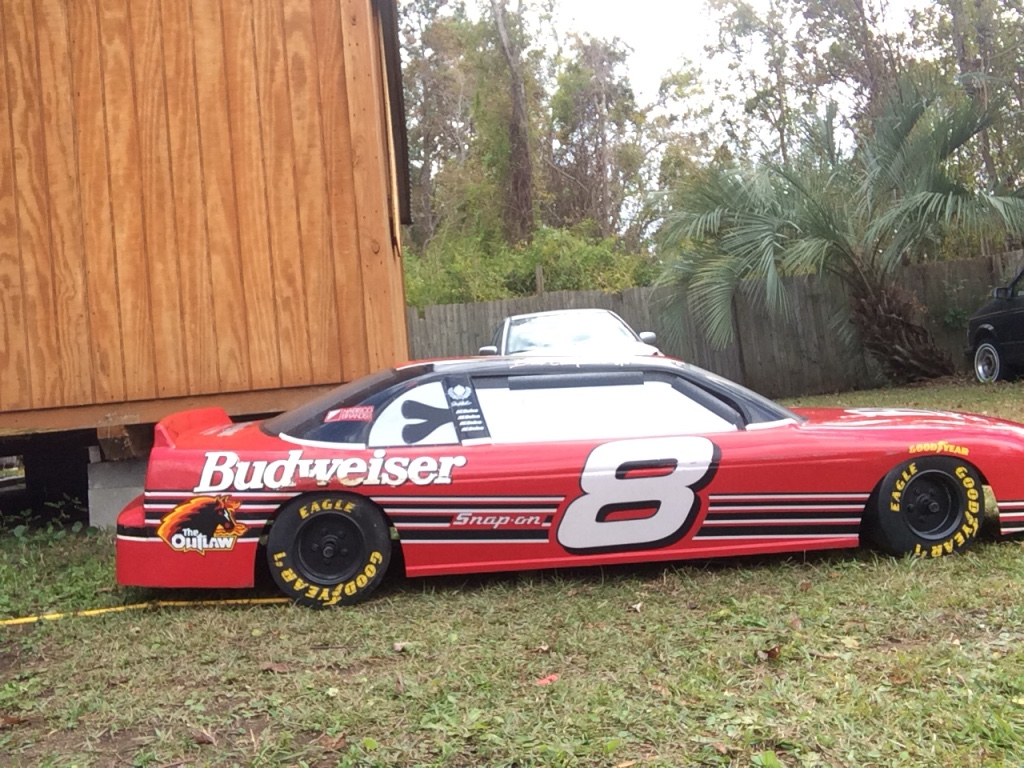 The Man Cave Store Myrtle Beach : Letgo red and black budweiser coupe in myrtle beach sc