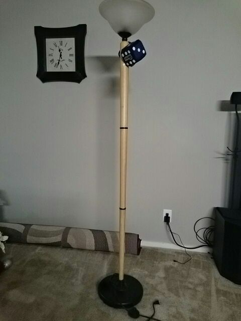 Letgo floor lamp with foot switch in creve coeur mo for 9 foot floor lamp