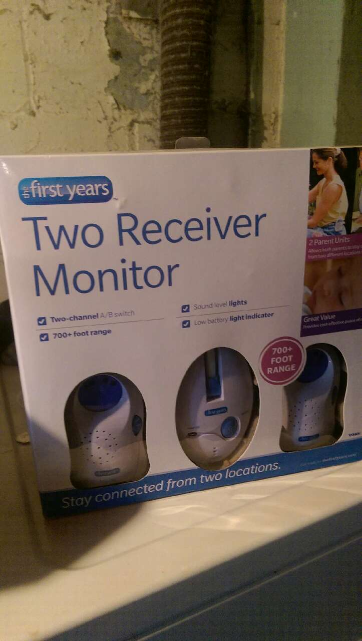 letgo two receiver baby monitor new nev in highview ky. Black Bedroom Furniture Sets. Home Design Ideas