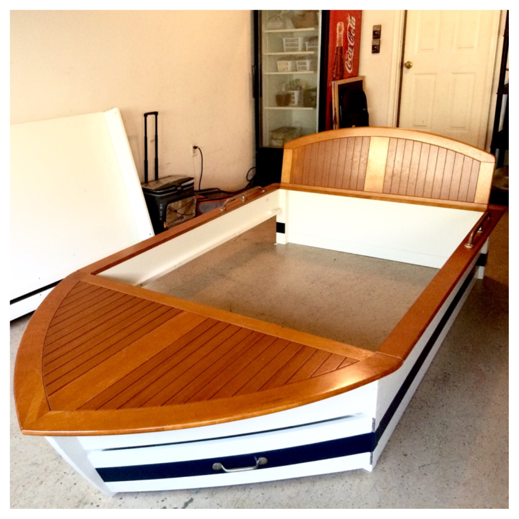 Letgo Boys Boat Bed W Trundle Amp Drawers In Suwanee Ga