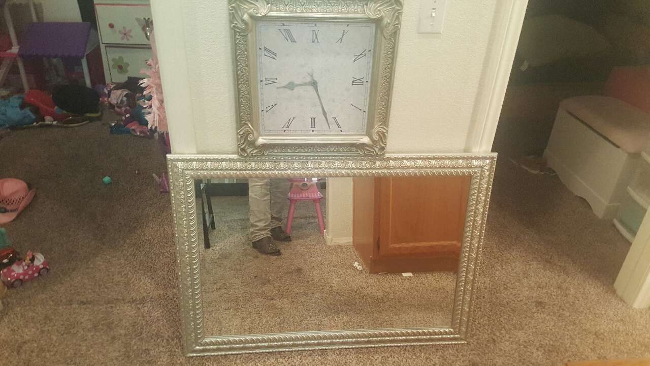Letgo z gallerie mirror and clock set in las vegas nv for Mirror z gallerie