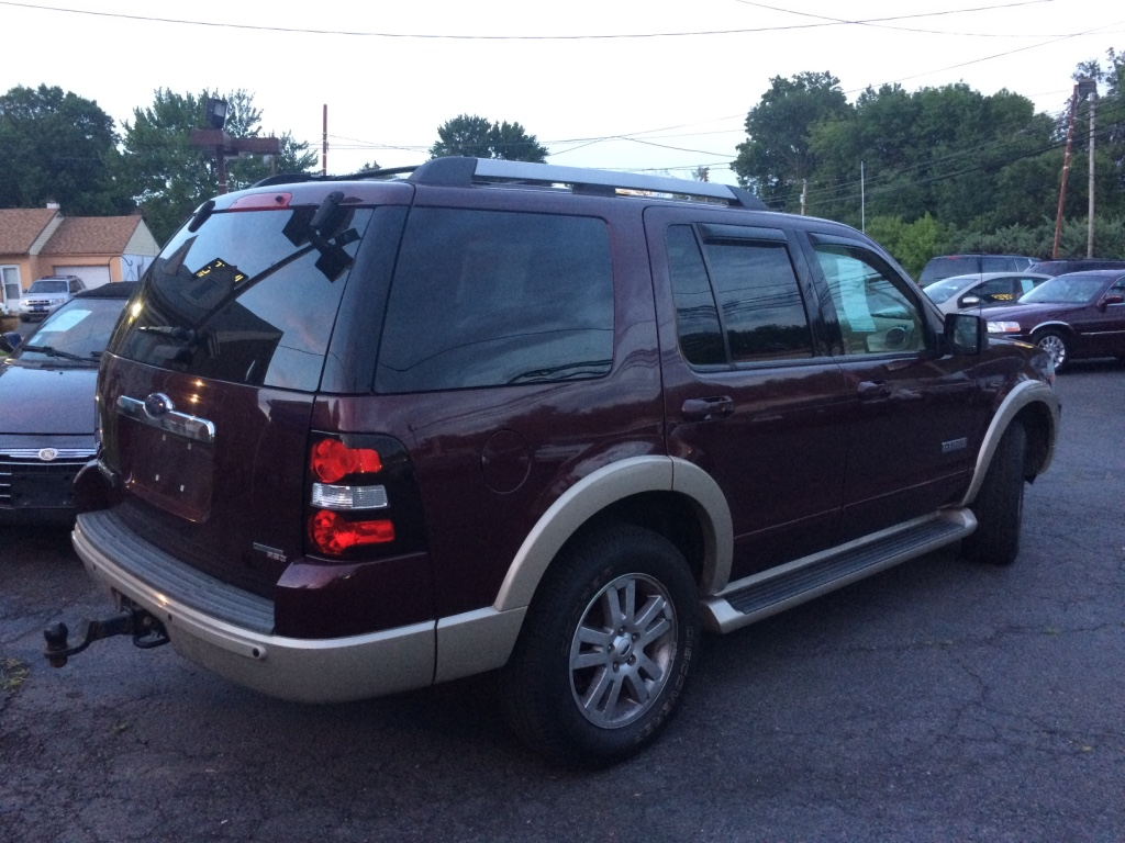 letgo 2006 ford explorer loaded 3rd row in yardley pa. Black Bedroom Furniture Sets. Home Design Ideas