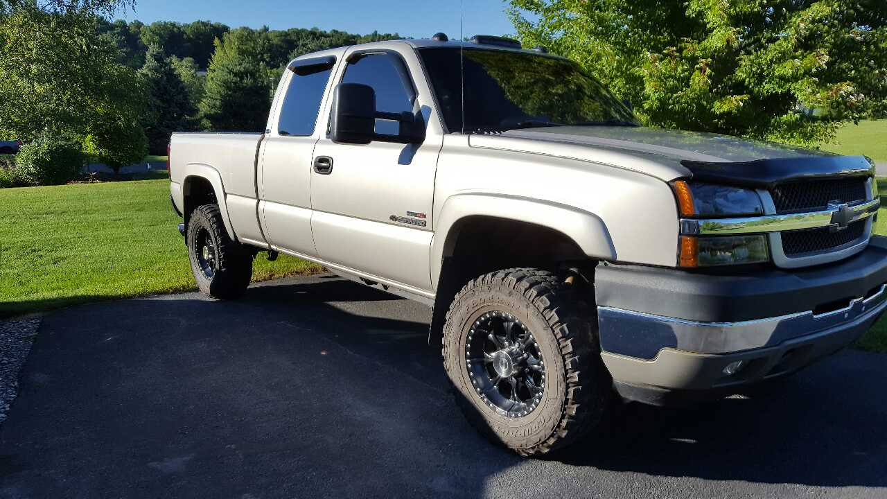 letgo 2004 chevy silverado 2500hd in lecontes mills pa. Black Bedroom Furniture Sets. Home Design Ideas
