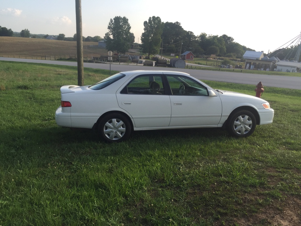 Letgo 2000 toyota camry in graham al for 2000 toyota camry window motor