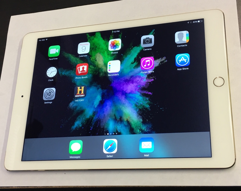 letgo 128 gb ipad air 2 4g unlocked in lafayette nc. Black Bedroom Furniture Sets. Home Design Ideas