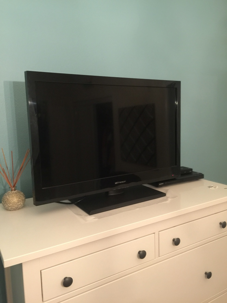 how to clean a flat screen tv emerson