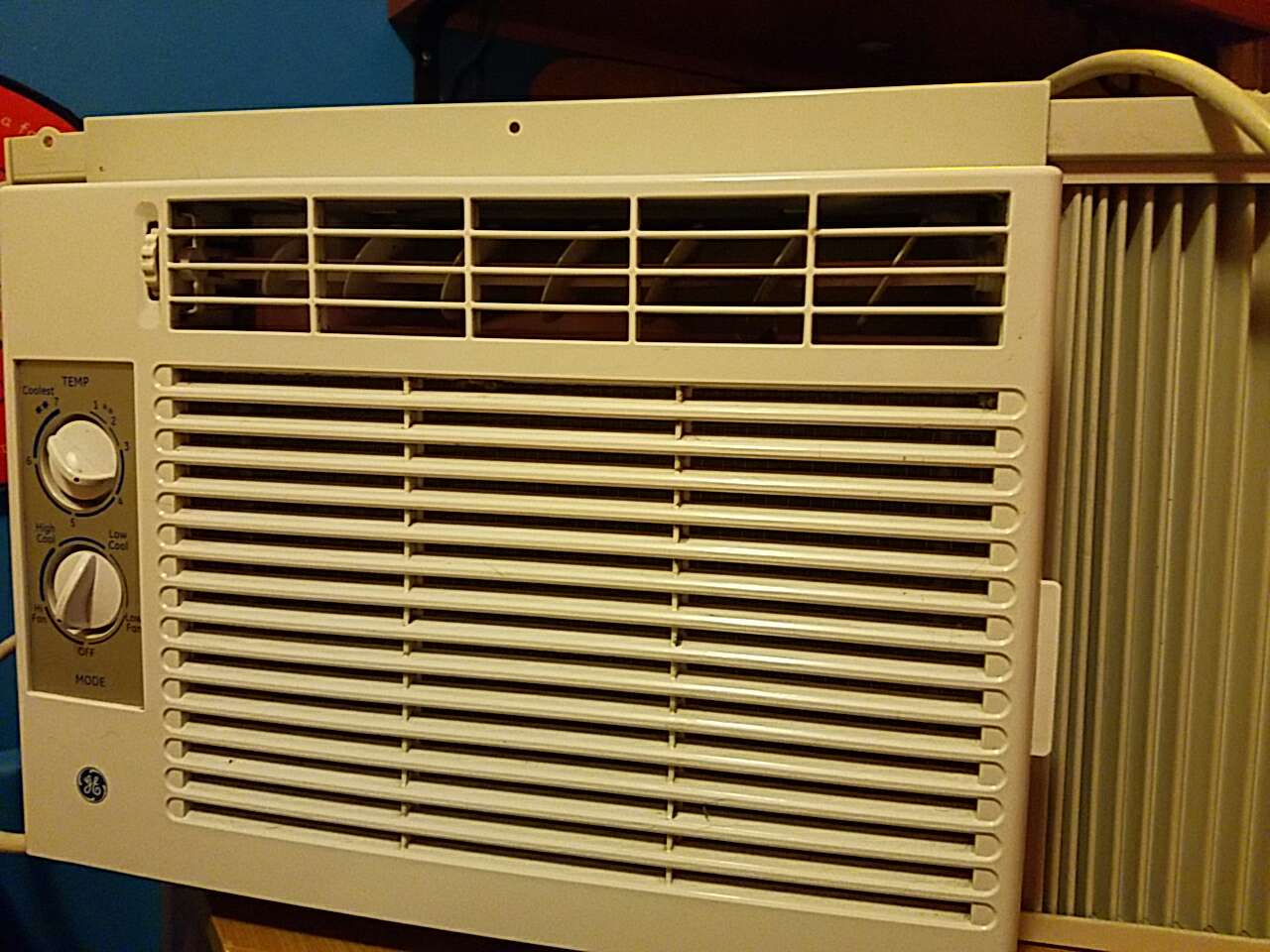 window room air conditioner all model info is in the 2nd picture works #B5180A
