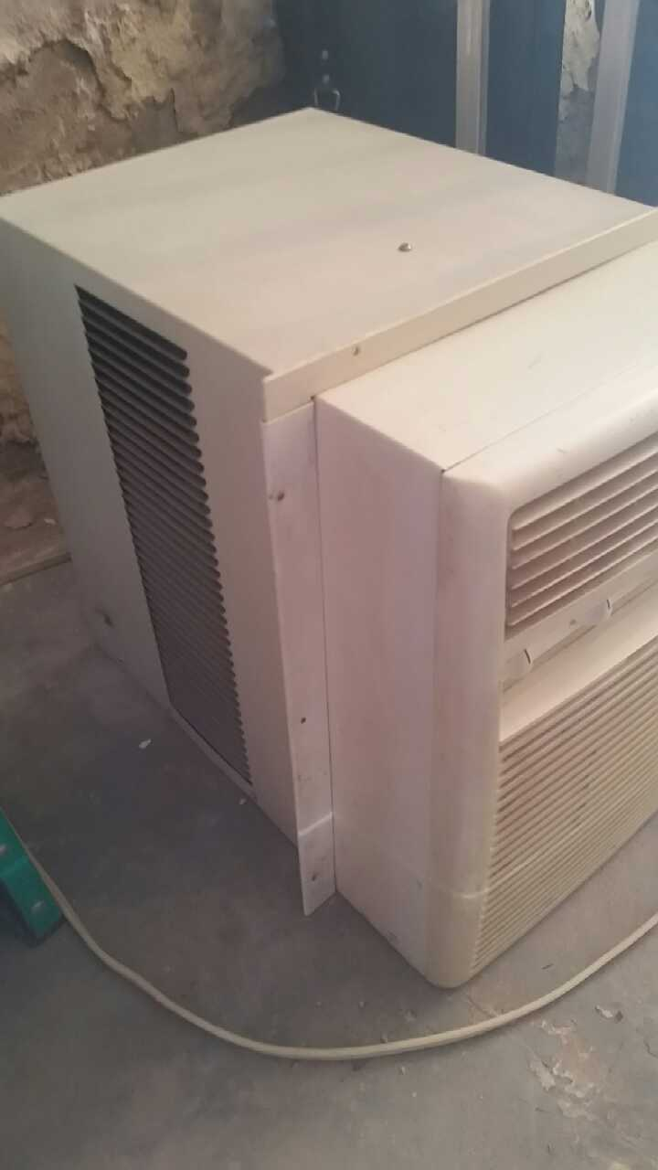 Letgo air conditioner in bergen point nj for 14 wide window air conditioner