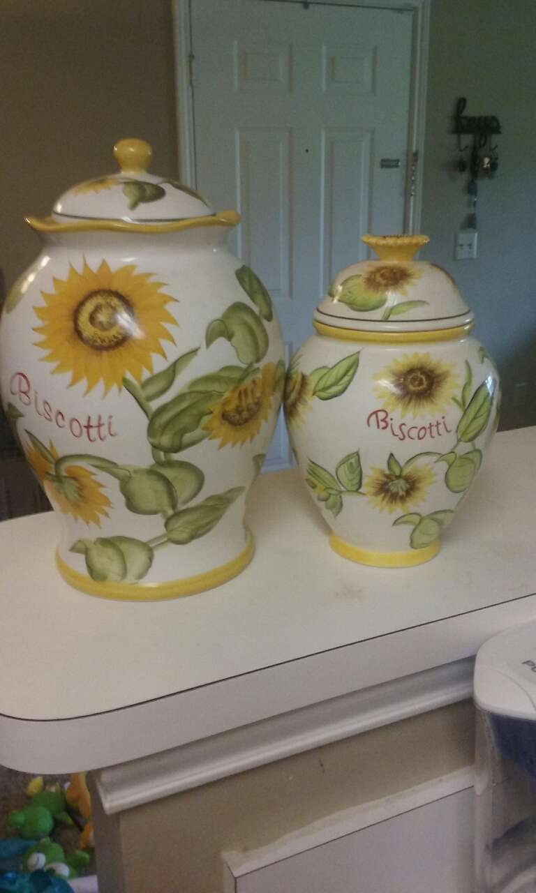 letgo sunflower kitchen canisters in grimes al vintage sunflower kitchen canister set decals ki325